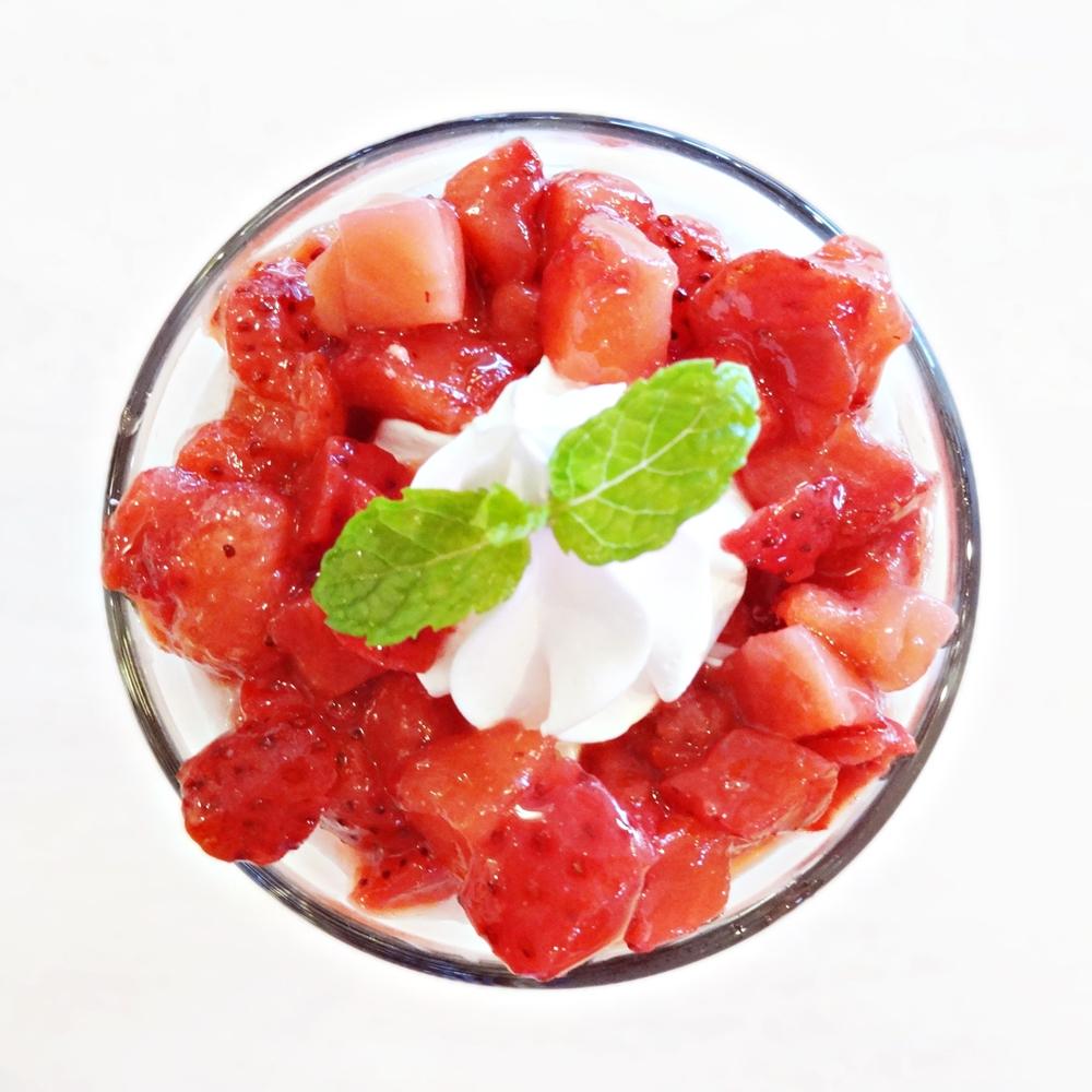 果実たっぷりいちごミルクタピオカ03